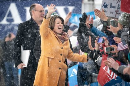 Klobuchar Offers Democrats a Midwestern Road to the White House