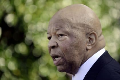 Trump Sues Cummings to Block Subpoena of Financial Records