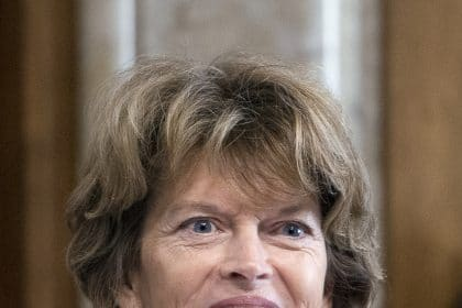 Murkowski 'Disturbed' by McConnell Pledge to Coordinate With White House on Trial
