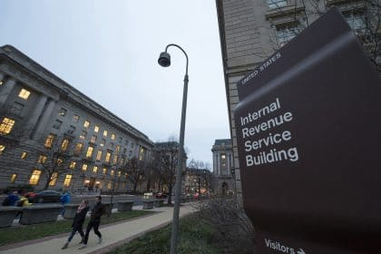 Virus Payments Hit Glitches as IRS Sends Billions to Americans