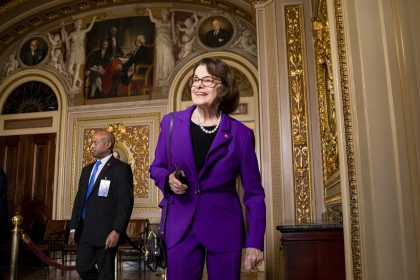 Sens. Feinstein, Loeffler, Inhofe Cleared in DOJ Stock Trade Probe