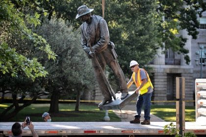 Future of Remaining Confederate Symbols Topic of Roundtable