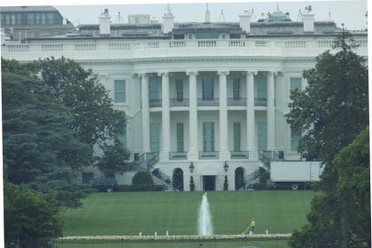 WHCA 'Strongly Encourages' Journalists to Avoid Working on White House Grounds