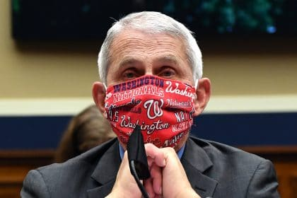 Dr. Fauci Tells Americans to 'Hunker Down' in Cold Months to Fight Coronavirus