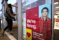 US Jobless Claims Fall to 730,000 But Layoffs Remain High