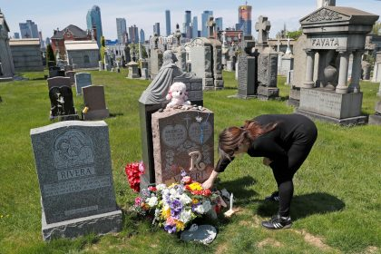 US Overdose Deaths Hit Record 93,000 in Pandemic Last Year