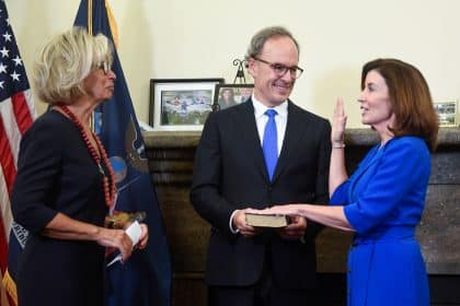 Hochul, NY's 1st Female Governor, Inherits Vast Challenges